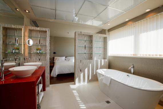 junior suite hotel alfonso