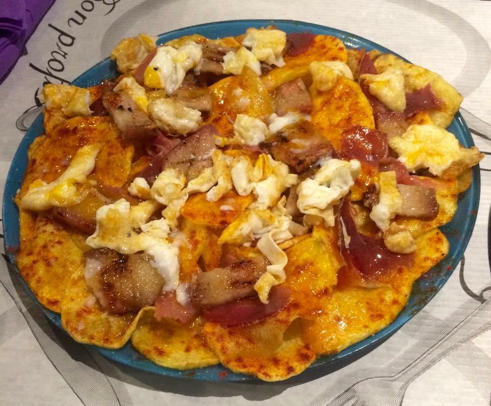 Donde comer los mejores huevos rotos de Zaragoza. ¿A qué no hay huevos a probarlos todos?