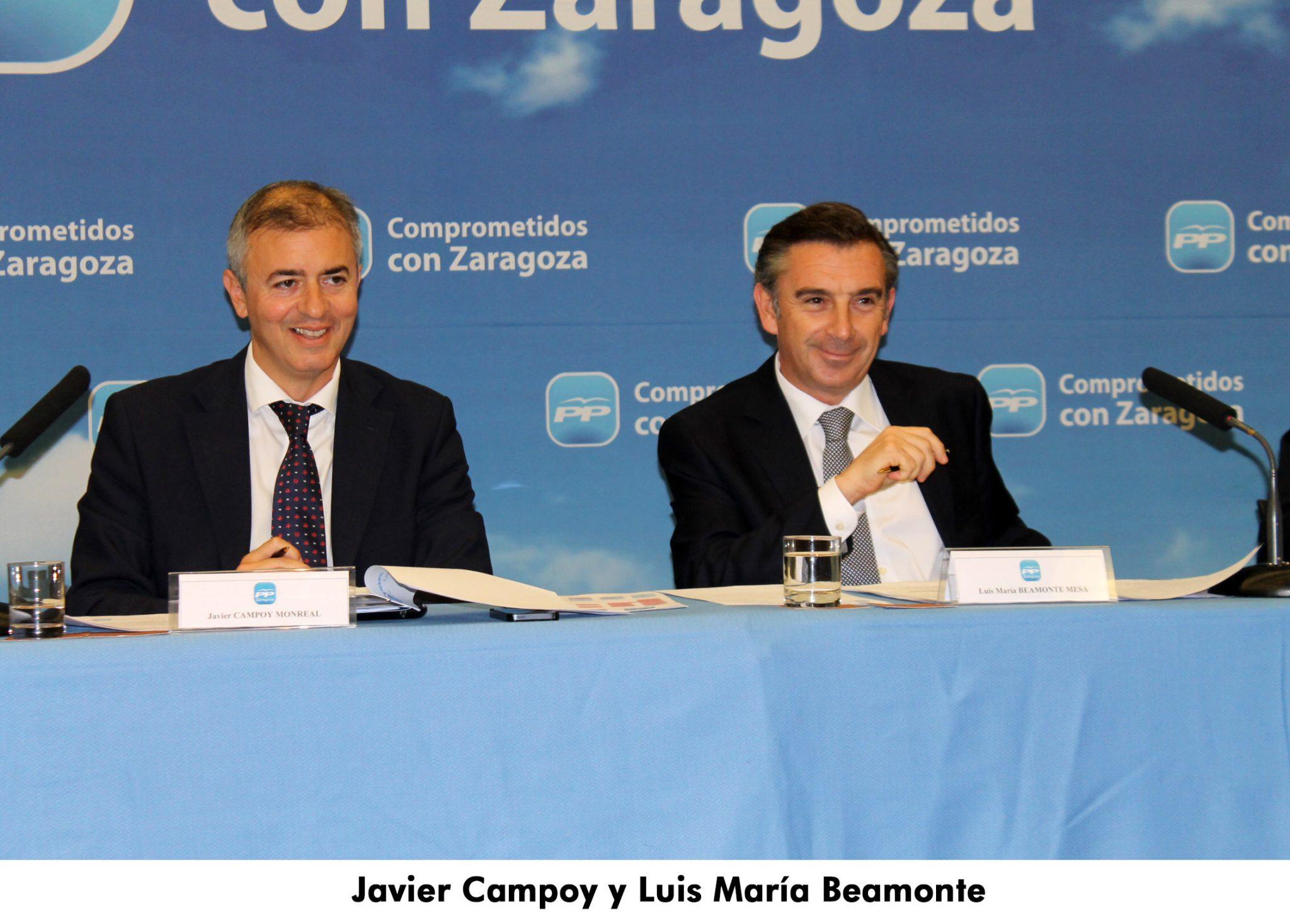 12. Javier y Luis