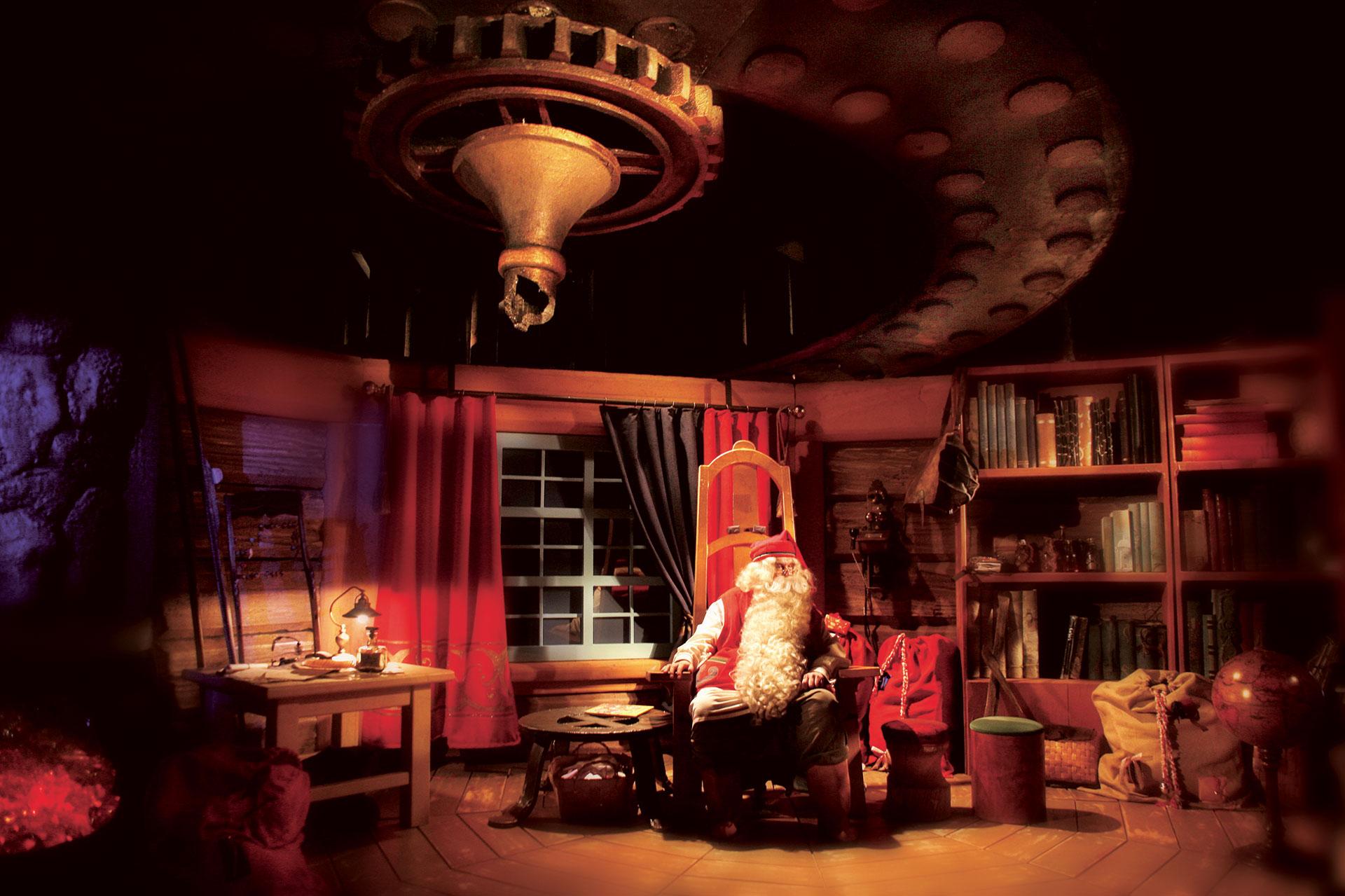 visit-rovaniemi-love-santa-claus-web-opt-2