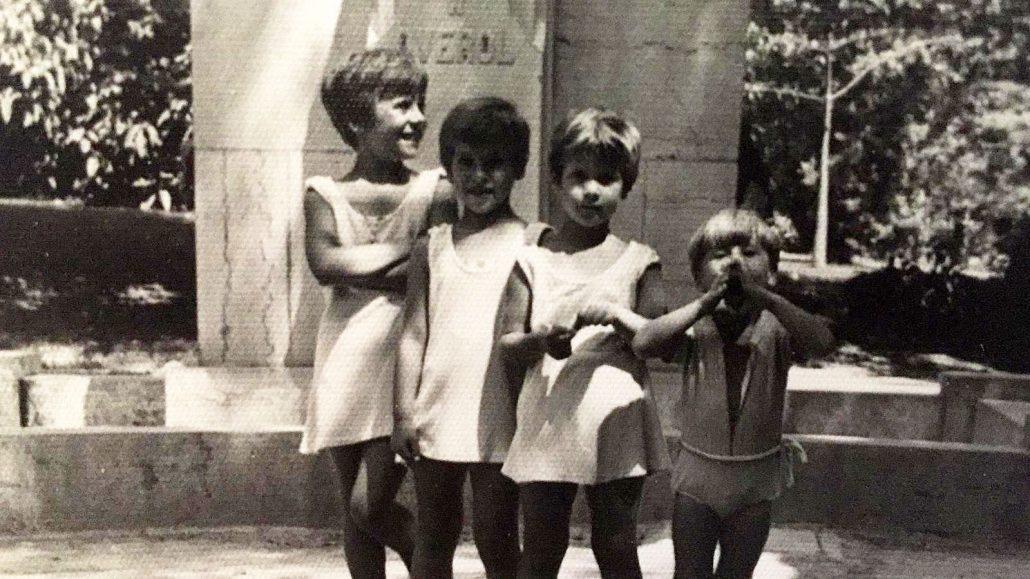 Jose-Luis-Soro-con-hermanas