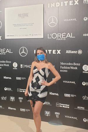 making mask pasarela