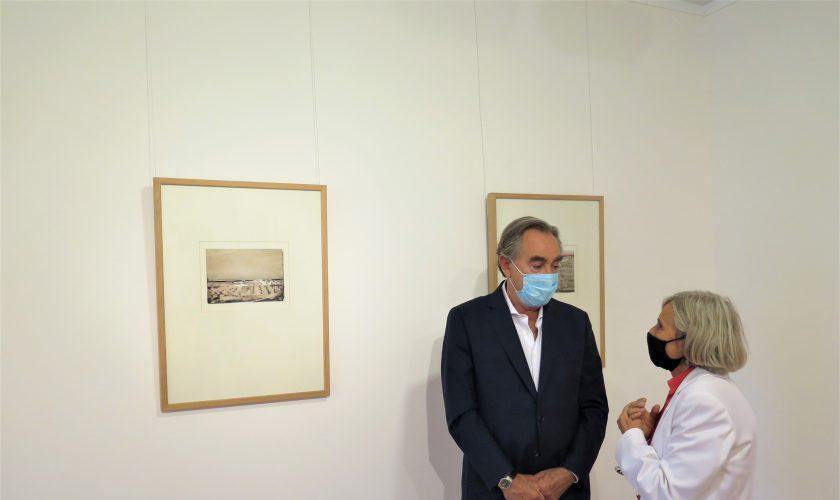 Luis Nozaleda y Quimeta Camí en la inauguración de 'Beulas, 100 años', en ENATE 2